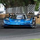 Volkswagen, più veloce di una F1: nuovo record per la ID.R a Goodwood