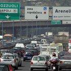 Travolge moto in Tangenziale e fugge: denunciato