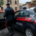 Rapine con falsi distintivi carabinieri: denunciato anche un minorenne