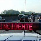 Scende dall'auto sull'autostrada, travolto e ucciso: A4 chiusa al traffico