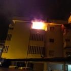 Casa a fuoco nella notte, i pompieri salvano 5 persone nel Salernitano