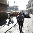 Napoli choc, agguato al Plebiscito: 20enne ferito a colpi di pistola