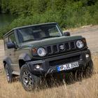 Jimny, guerriero della strada. Suzuki lancia la 4^ generazione: look originale e doti dinamiche di rilievo