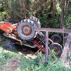 Morto un bimbo di 5 anni: «Schiacciato da un trattore». La tragedia sotto gli occhi del papà e dei parenti