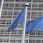 Bruxelles boccia la manovra italiana, la commissione apre la strada ad una procedura per deficit eccessivo. Salvini: Ci giocano contro