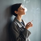 Fumatrici in aumento; l'emergenza ora è rosa