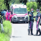 Bergamo, legnetto si incastra nelle ruote: ciclista muore catapultato sull'asfalto