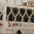 Bimbo muore di caldo nello scuolabus. «Dimenticato dopo la gita, ore sotto il sole»