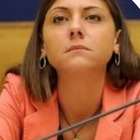 Anna Ascani del Pd denuncia una bufala, viene insultata e minacciata di morte (FOTO)