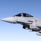 """Due caccia partiti dalla base di Istrana  per intercettare un aereo francese  rompono il """"muro del suono"""""""