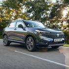 Honda HR-V, al volante del Suv compatto full-hybrid. Look rinnovato, tanto spazio e dinamica di guida eccellente