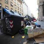 Rifiuti, task force Ama per sgombrare le scuole di Roma: «Ma ancora non basta»