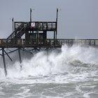 Usa, l'uragano Florence tocca terra: oltre 100mila abitazioni al buio