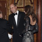 Kate Middleton, abito da diva per la serata a teatro con William