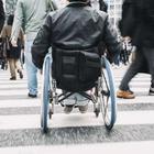 Disabili, in Italia ancora troppe le barriere in musei, cinema e scuole. E su Tik Tok scatta la polemica