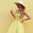 Giallo mon amour, ecco il colore must have dell'estate (scelto anche da Meghan Markle)