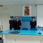 Manette al truffatore degli anziani:  catturato a Napoli dalla polizia