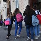 Roma, bimbi accusano la maestra di sostegno: «Maltratta la nostra compagna disabile». La Procura indaga