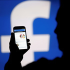 Facebook cancella 583 milioni di profili fake. Giro di vite anche contro il terrorismo