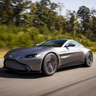 Ruggisce la nuova Aston Marin Vantage: vola a 315 kmh con il V8 AMG da 510 cv