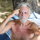 Isola dei Famosi 2019, Riccardo Fogli smonta il corna-gate: «Mi fido ciecamente di mia moglie»