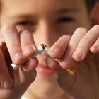 I rischi per chi fuma: 10 ragioni per smettere