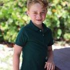 Baby George per i suoi 6 anni indossa una polo H&M da 6 euro: il principino è già influencer FOTO e VIDEO