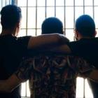 Il carcere dei baby boss napoletani: in cella con droga e smartphone