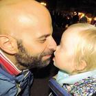 Luca, il papà single e gay che ha adottato una bimba down: «Alba rifiutata da 7 famiglie»