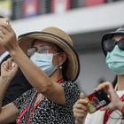 Ragazza cinese insultata al ristorante: «Mandatela via, ci infettano»