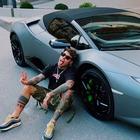 Fedez mostra la sua nuova Lamborghini su Instagram. E Chiara Ferragni reagisce così