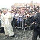 Il Papa al Divino Amore prega per fermare lo sterminio in Siria