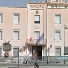 Nuova giunta a Casoria: al sindaco l'interim al Bilancio. Pd ancora diviso