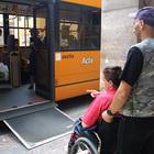 Rottura totale tra Actv e sindacato sull'utilizzo delle pedane manuali a bordo degli autobus