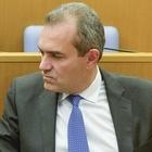 Napoli, il M5S salva De Magistris: si allontana il default del Comune