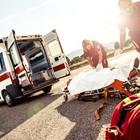 Allarme 118: poche ambulanze, senza medici né infermieri: «Chiamarlo è un terno al lotto»