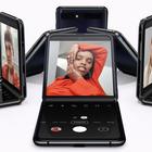 Samsung, dopo il Fold arriva il Galaxy Z Flip: il nuovo smartphone pieghevole FOTO