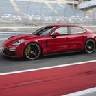 Porsche Panamera GTS, una signora sportiva. Emozioni al volante sulla pista in Bahrein