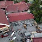 Terremoto nelle Filippine, 11 morti.«Grida di aiuto dalle macerie»