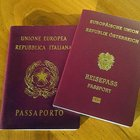 Il passaporto giapponese è il migliore del mondo, l'Italia sale al quarto posto