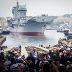 """Fincantieri, varata nave """"Trieste"""": alla presenza di Mattarella prende il mare gioiello della Marina Militare"""