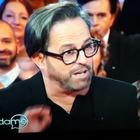 Marco Baldini a Vieni da me: «Ho 60 anni e sto provando ad avere un figlio...». Caterina Balivo reagisce così