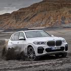 BMW X5, la 4^ generazione debutta sotto i riflettori di Parigi. Design sportivo e tecnologia da primato
