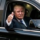 Trump in pista a Daytona per giro d'onore alla 500 Miglia. Al lavoro per esaudire il desiderio del Presidente