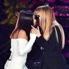 """Sanremo, il """"quasi"""" bacio tra Elettra Lamborghini e Myss Keta"""