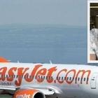 Easyjet, manca il pilota: passeggero prende il comando dell'aereo di linea e lo porta a destinazione