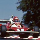 Niki Lauda sulla Ferrari nel 1976