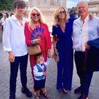 Mara Venier, vestito rosso per il matrimonio del figlio Paolo a Roma