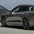 Volvo V60, viaggiatrice elegante. Dopo i successi delle XC, la casa svedese rilancia la wagon