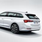 Skoda, la Octavia tocca 7 milioni di auto prodotte: a maggio debutta la generazione 4